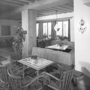 Halle im Hospiz Hotel in St.Christoph am Arlberg von Risch-Lau