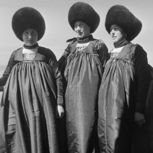 Raggaler Frauen, Großwalsertaler Tracht, Frauentracht / Franz Beer von Beer, Franz