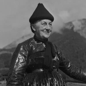 Au - Argenzipfel, Bregenzerwälder Tracht, Frauentracht / Franz Beer von Beer, Franz