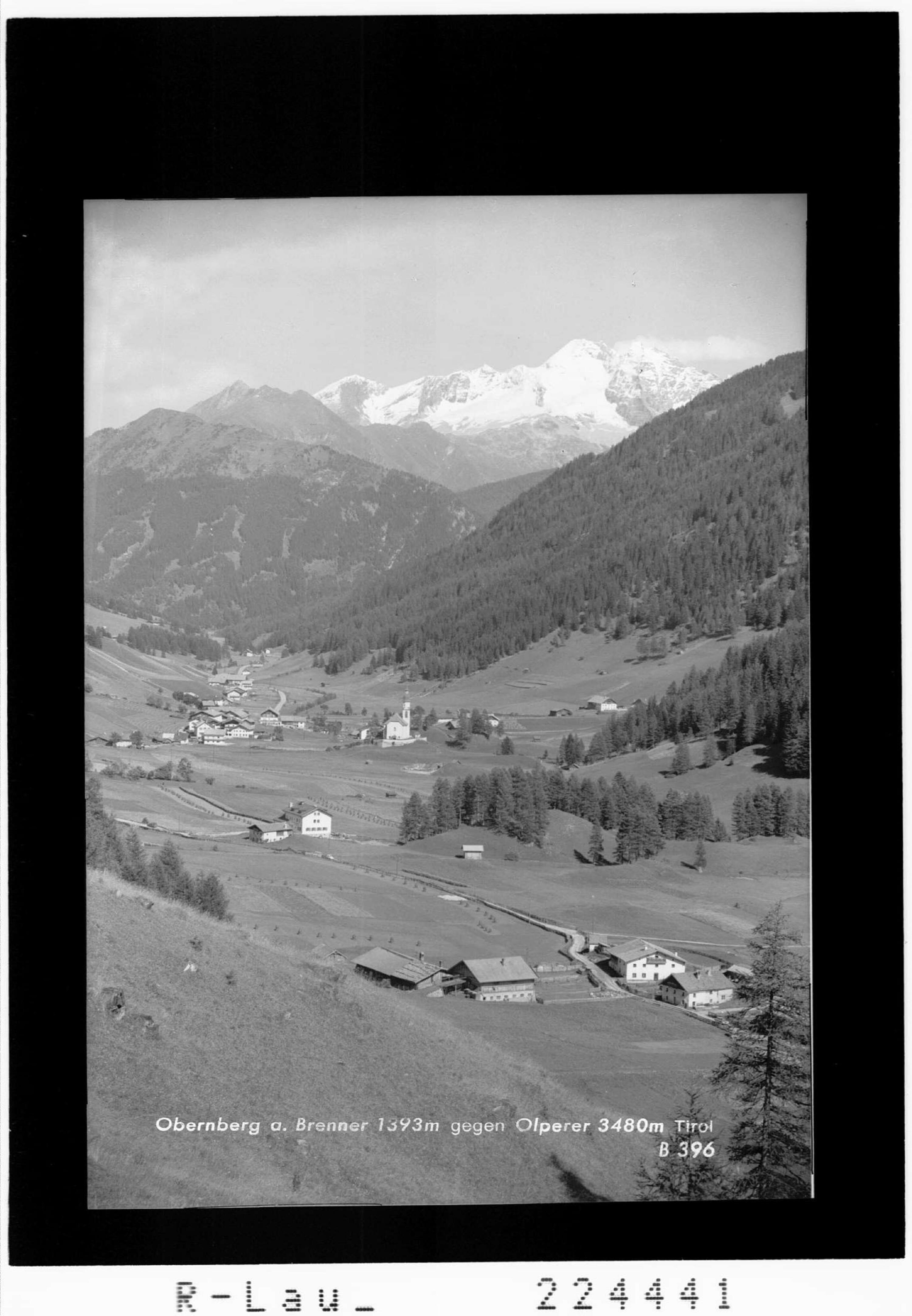 Obernberg am Brenner 1393 m gegen Olperer 3480 m / Tirol von Wilhelm Stempfle
