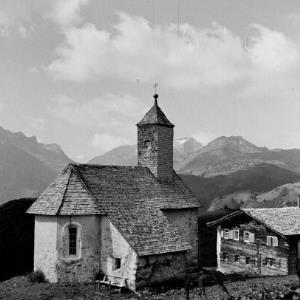 Lech - Bürstegg, Kirche St. Martin, Sennerei / Franz Beer von Beer, Franz