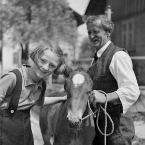 Adalbert Mennel mit Ilse und Pony / Franz Beer von Beer, Franz