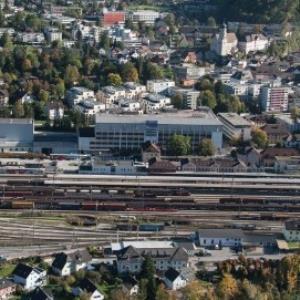 Bludenz - Bahnhof, Fa. Suchard, Laurentiuskirche von Amt der Vorarlberger Landesregierung Abteilung Raumplanung