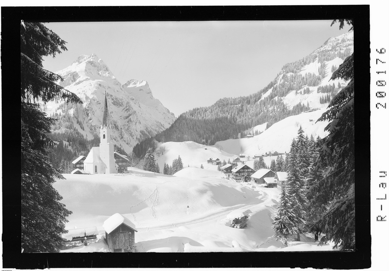 Schröcken gegen Künzelspitze 2415 m von Risch-Lau