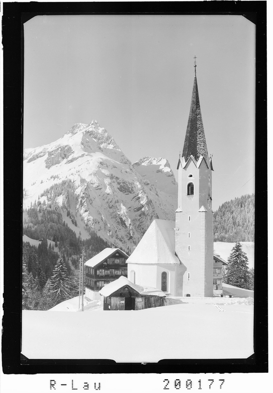 Schröcken 1300 m gegen Künzelspitze 2415 m von Risch-Lau