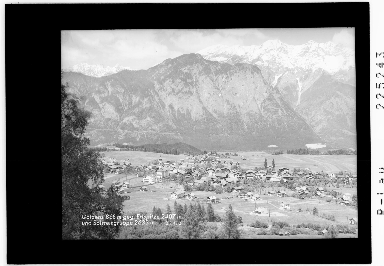 Götzens 868 m gegen Erlspitze 2407 m und Solsteingruppe 2633 m von Wilhelm Stempfle