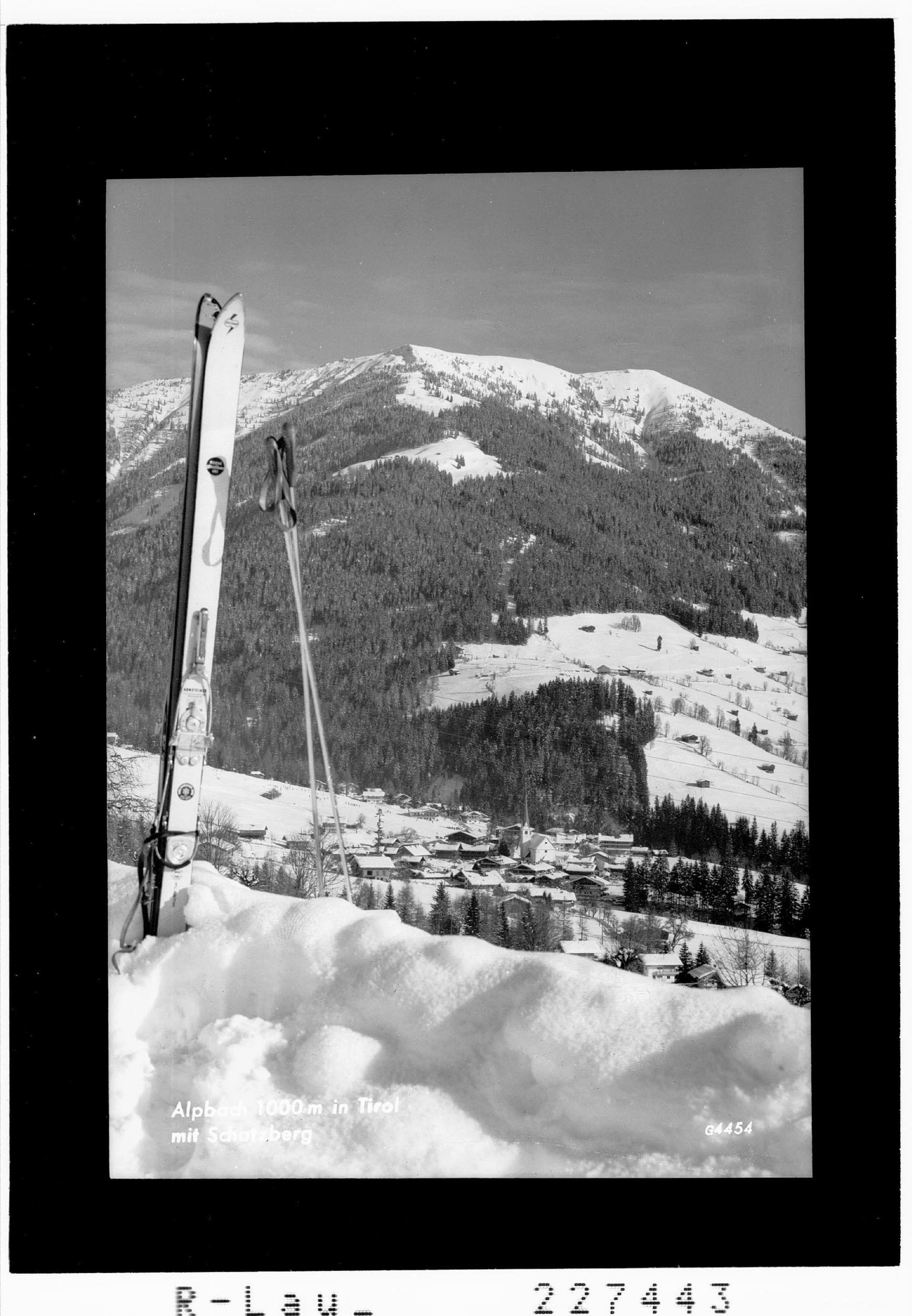 Alpbach 1000 m in Tirol mit Schatzberg