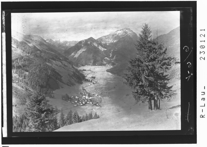Lähn bei Bichlbach im Ausserfern gegen Liegfeistgruppe und Thaneller / Tirol von Kohlbauer