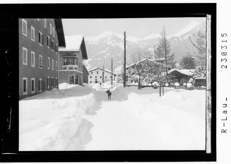Blick von Lechaschau bei Reutte im Ausserfern zum Hahnenkamm Tirol von Kohlbauer