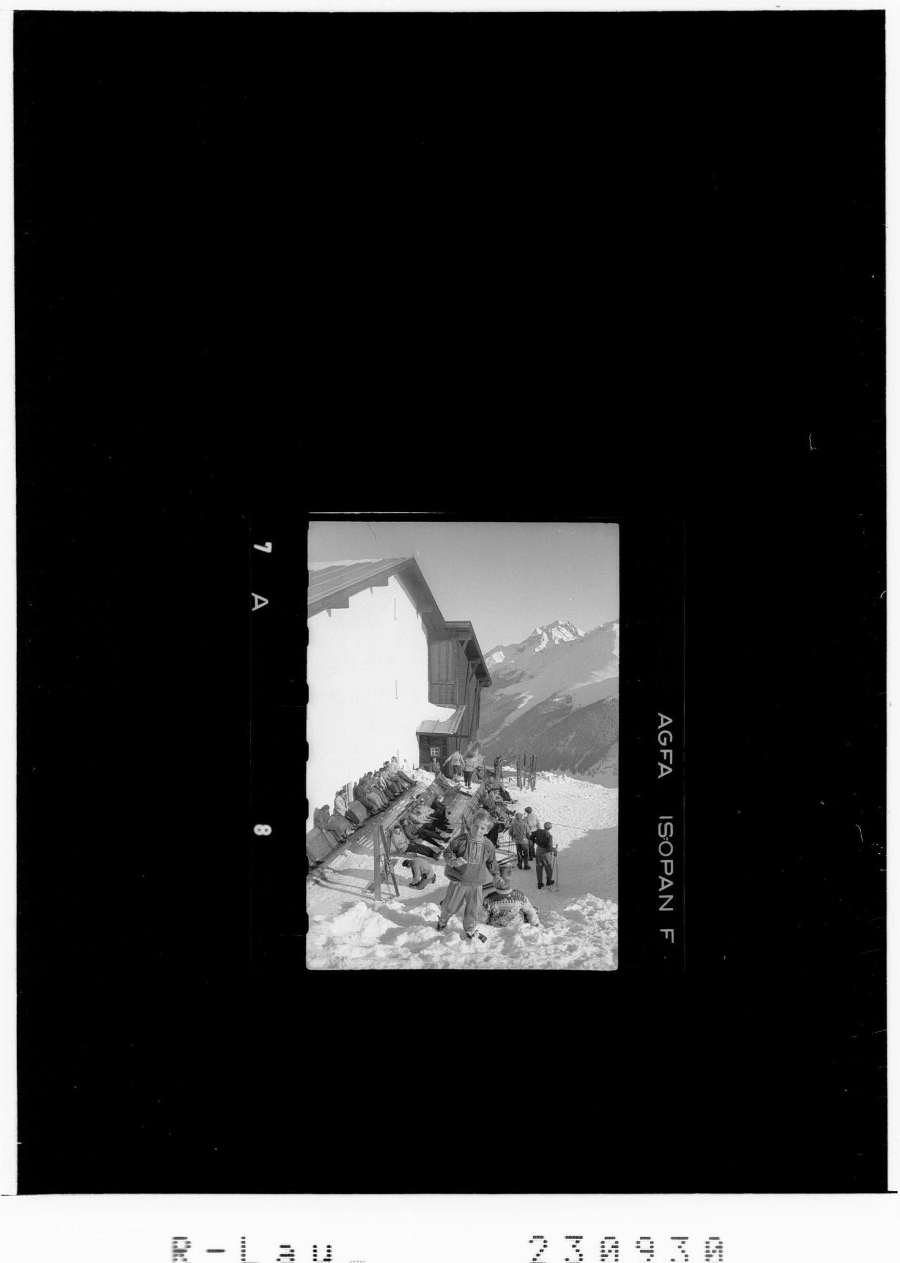 Blick von der Bergstation der Galzigbahn zum Hohen Riffler von Risch-Lau