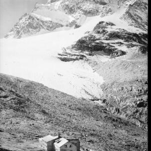 Silvretta / Wiesbadner Hütte mit Piz Buin 3312 m von Rhomberg