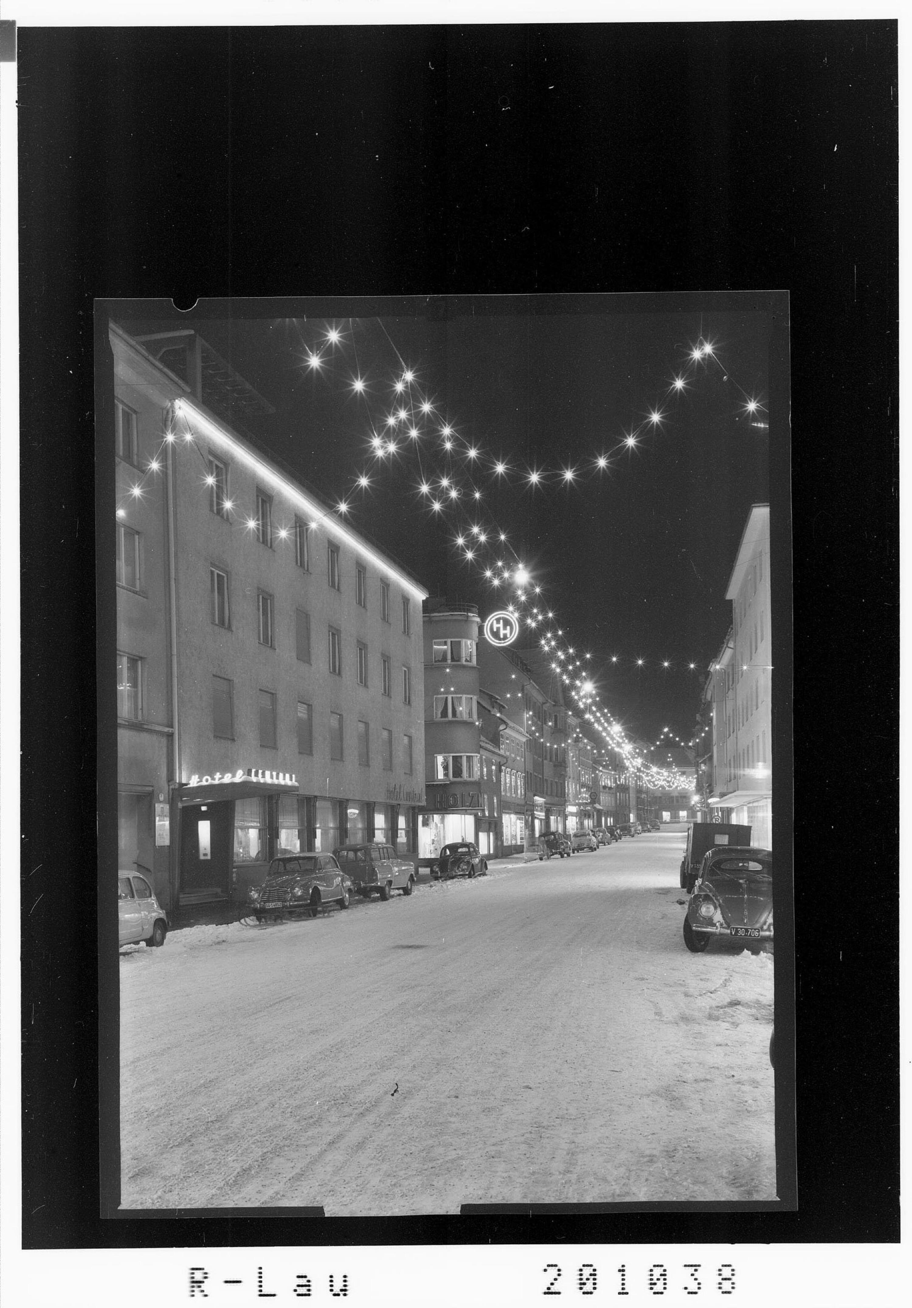 Bregenz / Kaiserstrasse mit Weihnachtsbeleuchtung von Risch-Lau