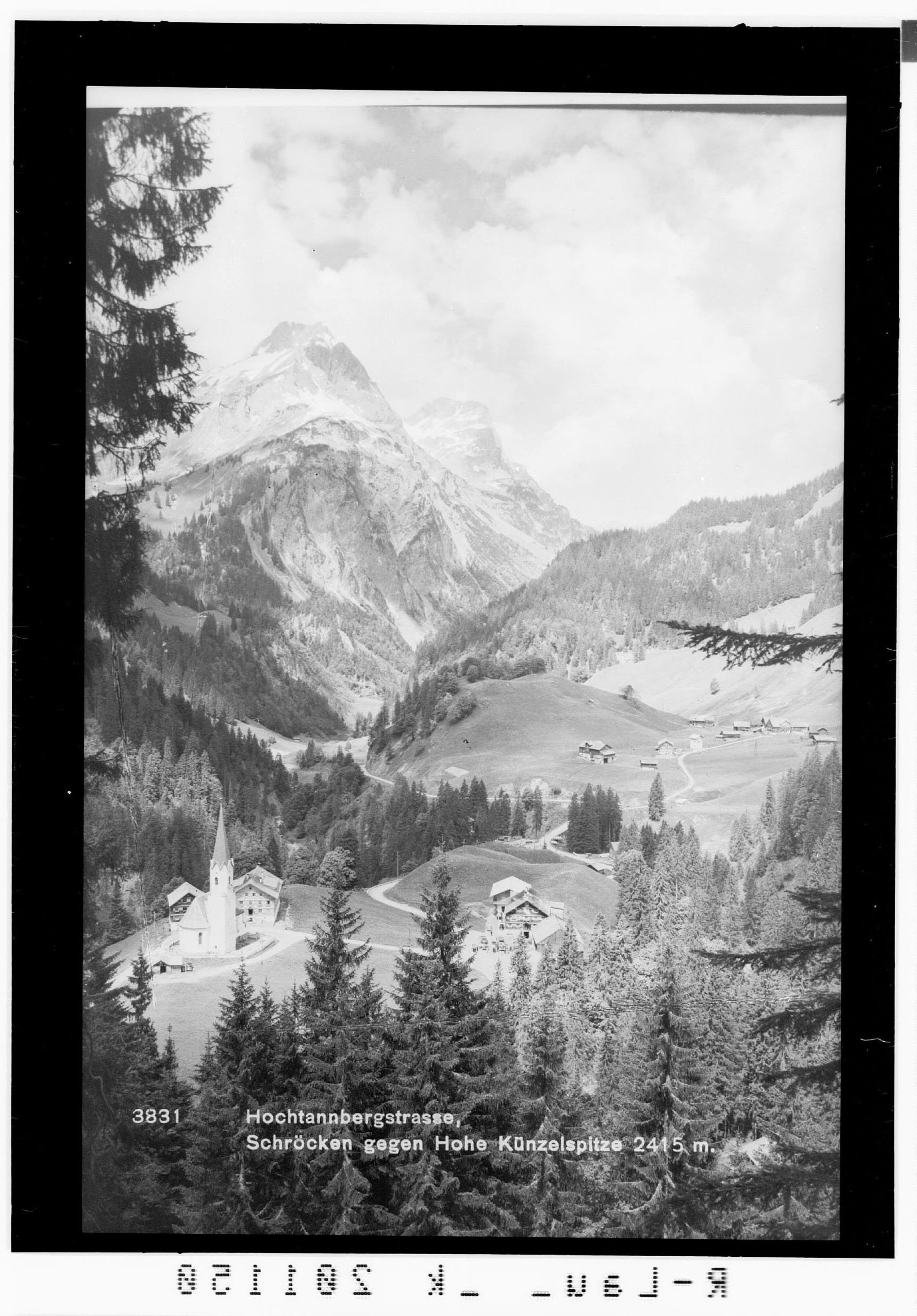 Hochtannbergstrasse / Schröcken gegen Künzelspitze 2415 m von Rhomberg