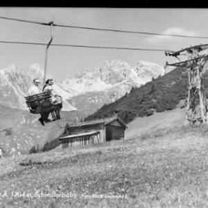 St.Anton am Arlberg 1304 m / Schindlerbahn von Risch-Lau