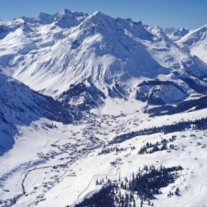Lech am Arlberg (Flug) / Helmut Klapper von Klapper, Helmut