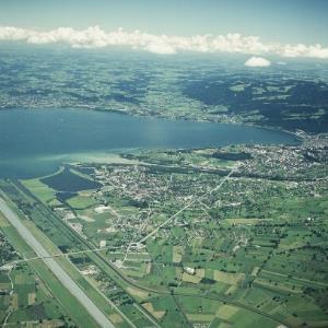 Bodensee - Bregenzer Bucht gegen Norden - Flug / Helmtu Klapper von Klapper, Helmut
