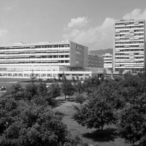 Landesunfallkrankenhaus / Helmut Klapper von Klapper, Helmut