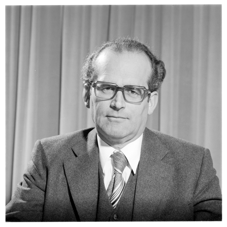 Landeshauptmann Dr. Kessler, Porträt / Helmut Klapper von Klapper, Helmut