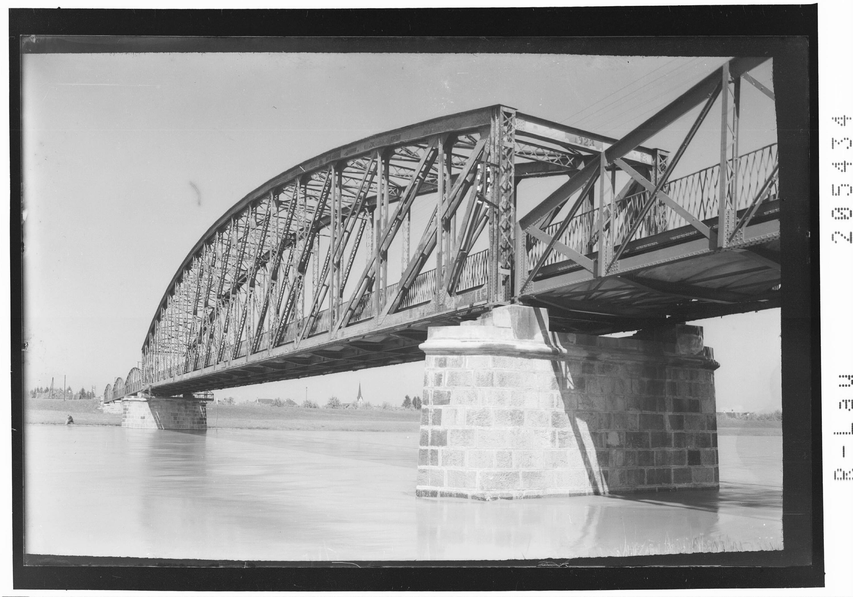 Rheinbrücke bei Hard von Risch-Lau
